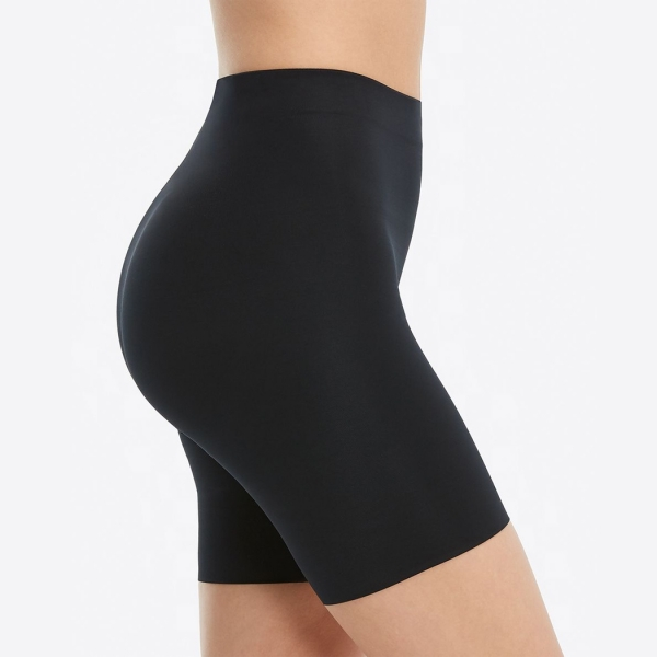 Spanx Suit Your Fancy Booty Booster Mid-Thigh Very Black